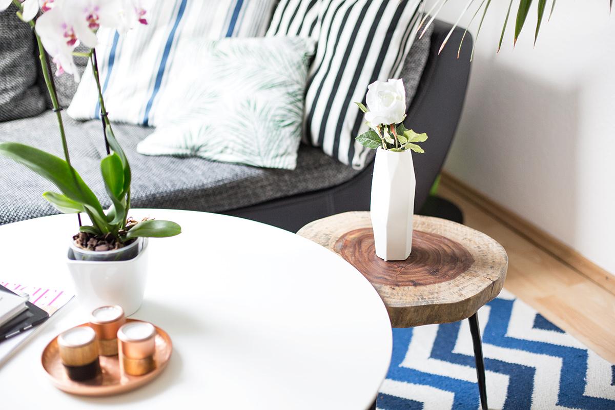 Bild: Interieur, Living Room, Wohnzimmer, Interor, Shades of Ivory, Blo, Westwingnow, Wohnstil, Beistelltisch, Holz, Couchtisch