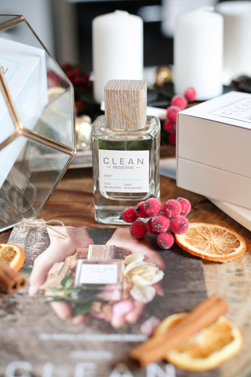 Bild: Clean Reserve, Eau de Parfum, Warm Cotton, Parfum, Fragrance, Verlosung, Advent. Beauty, Blogger