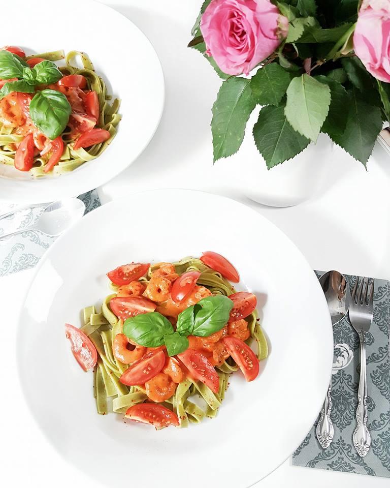 Bild: Food, Tagliatelle, Scampis, Sahne Tomaten Sauce,