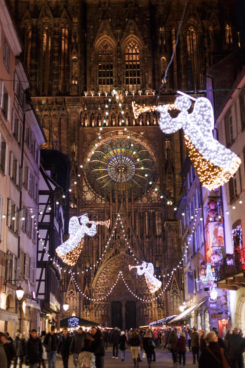 Straßburg, Marché de Noel, Weihnachtsmarkt, Elsass, Capitale de Noel, Strasbourg, Straßburger Münster, Cathédrale Notre-Dame de Strasbourg