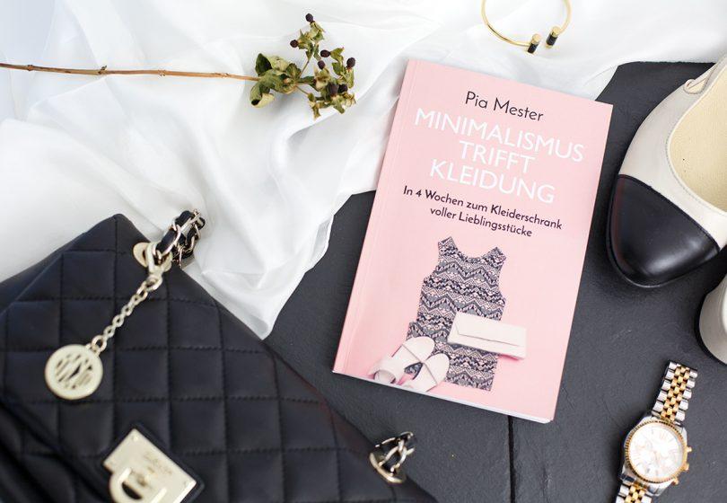 Rezension: Minimalismus trifft Kleidung – In 4 Wochen zum Kleiderschrank voller Lieblingsstücke