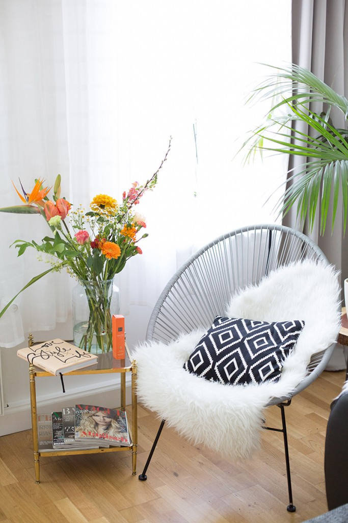 Bild: Interior, Wohnen, Dekoration, Home, Bloomon, Blumenabo, Blumen, Blogger, Berlin, Shades of Ivory