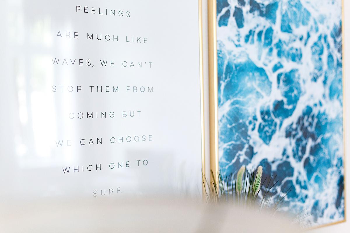 Bild: Interior, Interieur, Wandgestaltung, Desenio, Gallery Wall, Meeresmotiv, Waves, Blogger, Living, Wohnen, Inneneinrichtung, Shades of Ivory, Blog, Berlin