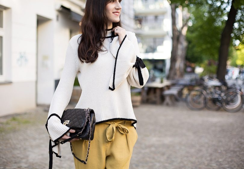 Spring Fashion Trends mit Carrot Pants & Statement Sleeves im Fashionkarussell