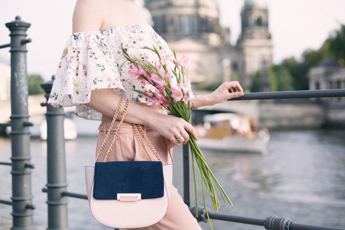 Bild: Handtasche, Frauenhandtaschen, Blogger, Blogger Berlin, Orsay, Outfit,