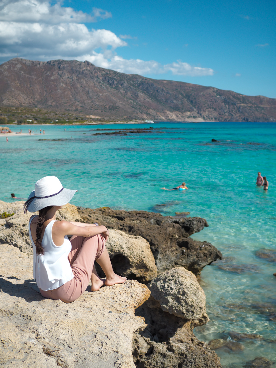 Bild: Kreta, Urlaub, Kreta Reisebericht, Elafonisi Beach, pinker Strand, Karibik Feeling Kreta, Griechenland, Beach, Strand, Traumstrände, Crete, Blogger, Shades of Ivory, Travel, Berlin Blogger,
