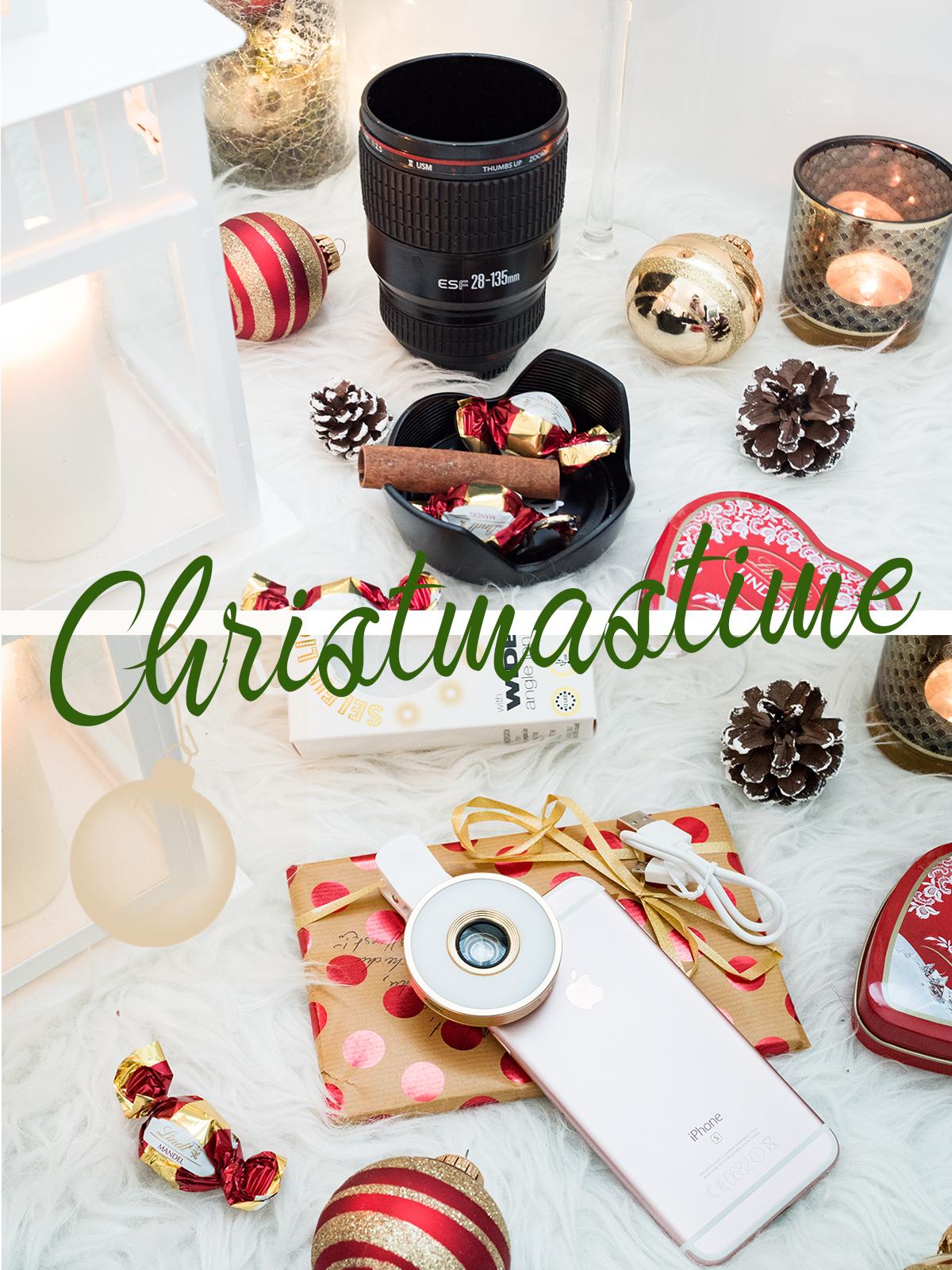 Bild: Weihnachtsgeschenke, Selfie Licht, Kamera Objektiv Tasse, Blogger, Berlin, Geschenke