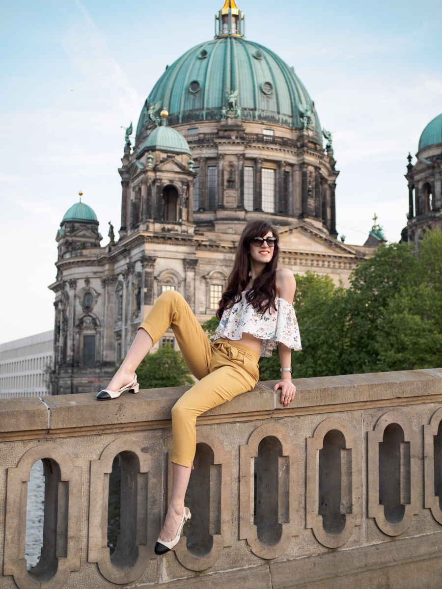 Bild: Outfit, Berlin, Berliner Dom, Outfits, Culotte, Offshoulder, Zara, Look, Fashion, Fashionblhgger, Blogger, Berlin Blogger, Shades of Ivory