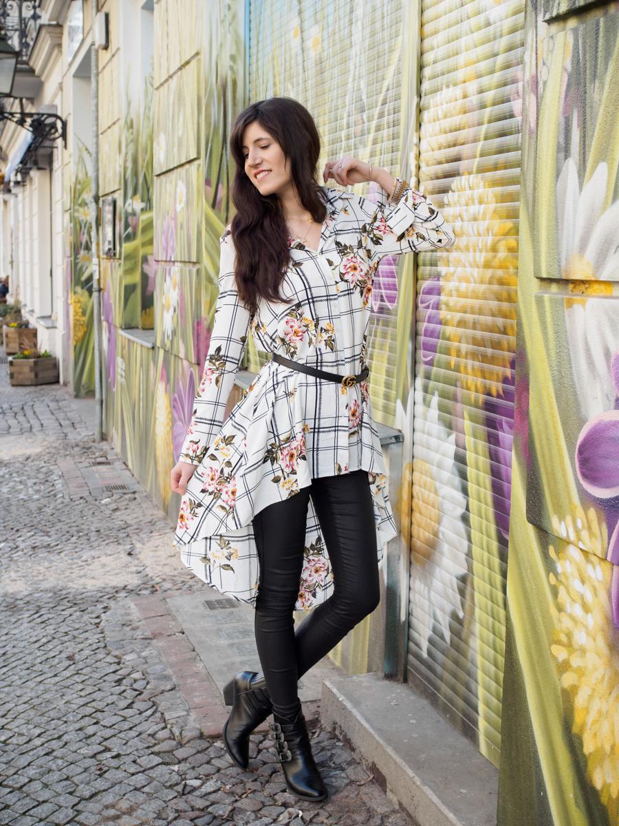 Bild: Outfit, Berlin, Outfits, Prenzlauer Berg, Polka Dots, Rosa, Cherryblossom, Blogger Look, SassyClassy, Streetstyle, Flowerpower, Blümchenbluse, Look, Fashion, Fashionblogger, Blogger, Berlin Blogger, Shades of Ivory