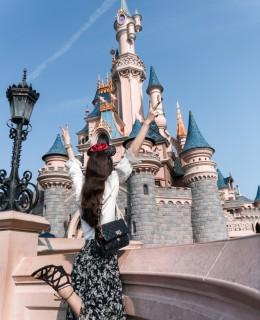 Bild: Disneyland, Disneyland Paris, Disney Parks, Disney Illumination, Abschlussfeuerwerk, Micky Maus, Travel, Reiseblog, Fashionblog, Shades of Ivory, Blogger Berlin, Disney Schloss, Dornröschenschloss, Dis